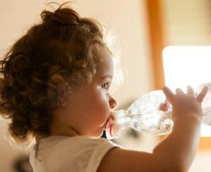 Conseil pour aider bébé pendant la canicule