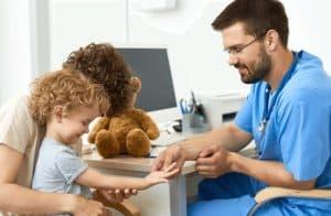Résiliation caisse-maladie: y a t-il des différences pour les assurances des enfants ?